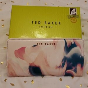 Ted baker floral snap close leather full wallet